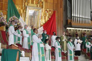 La Misa de envío a la Megamisión 2020 fue presidida por el Card. Carlos Aguiar en la Basílica de Guadalupe. Foto: Basílica de Guadalupe